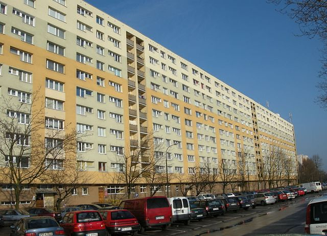 """Na poznańskich Ratajach złodzieje jako """"pracownicy spółdzielni"""" okradają mieszkania"""