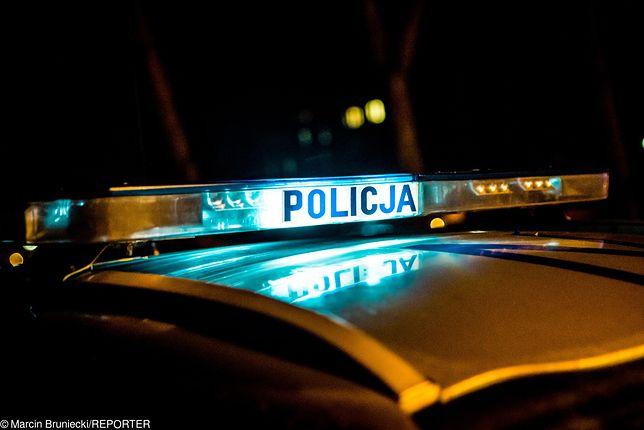 Poszukiwany przez policję wpadł, bo złamał przepisy ruchu drogowego