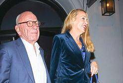 Rupert Murdoch i Jerry Hall pluskali się w oceanie. Miliarder potrzebował pomocy
