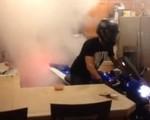 Suzuki GSX-R i palenie gumy w kuchni