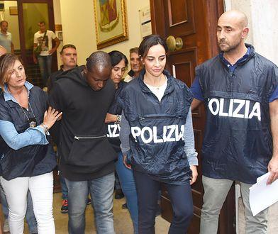 Guerlin Butungu to przywódca gangu, który zaatakował polskich turystów na plaży w Rimini