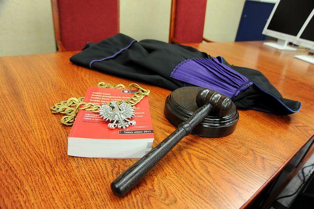 Decyzją sądu prokurator spędzi trzy miesiące w areszcie