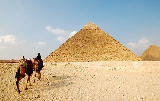 Mit 1: piramida Cheopsa w Egipcie jest największa na świecie