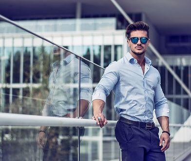 Eleganckie spodnie z wyższym stanem sprawią, że sylwetka będzie wyglądać korzystnie z każdej strony