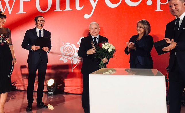 Jarosław Kaczyński odebrał nagrodę Biało-Czerwonych Róż