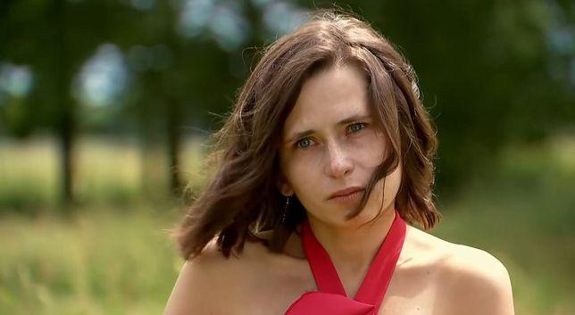 """Ewelina z """"Rolnik szuka żony"""" zmieniła fryzurę"""