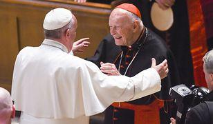 Raport ws. kardynała McCarricka. Polskie wątki w raporcie Watykanu