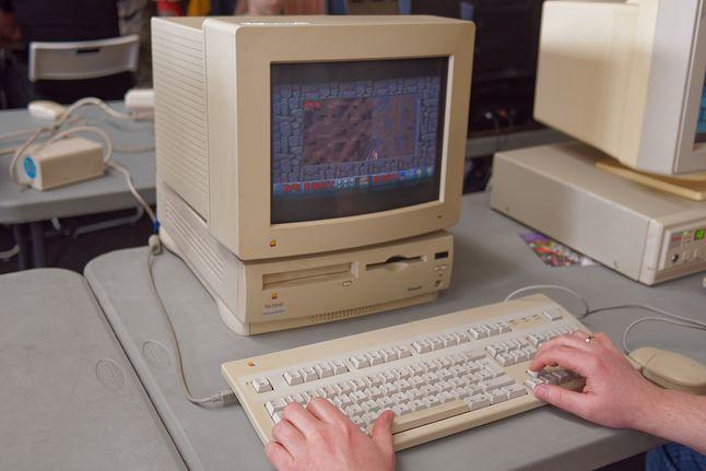 Apple Macintosh Performa 6214CD