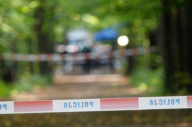 Ciało 25-latki znaleziono w lesie przy torach kolejowych