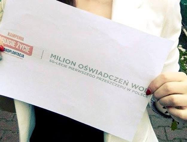 Chcą zachęcić milion osób do podpisania oświadczeń woli oddania narządów po śmierci