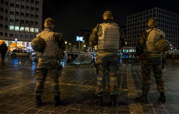 """""""Mamo, nie idź w miejsca, gdzie jest dużo ludzi"""" Wstrząsający SMS od dżihadysty do matki postawił w stan gotowości całą Belgię"""