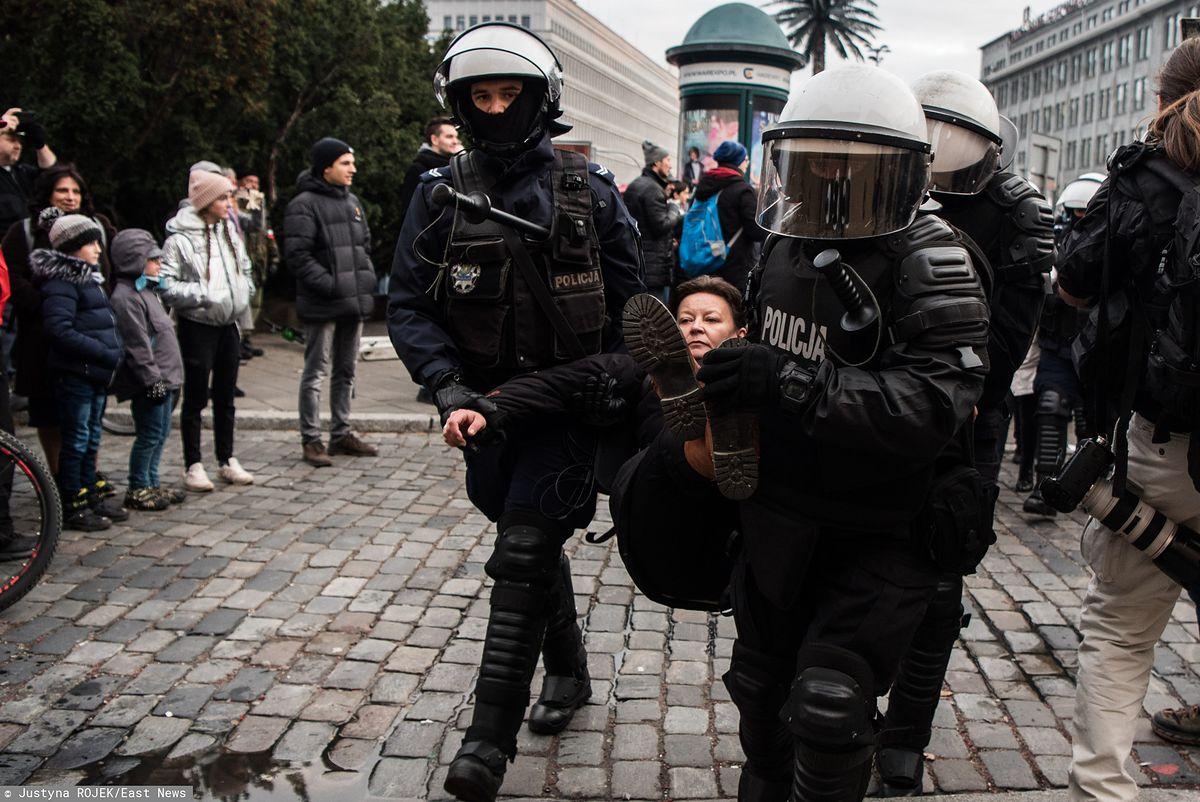 Marsz Niepodległości 2019. Policja usunęła Obywateli RP. Jest zawiadomienie do prokuratury