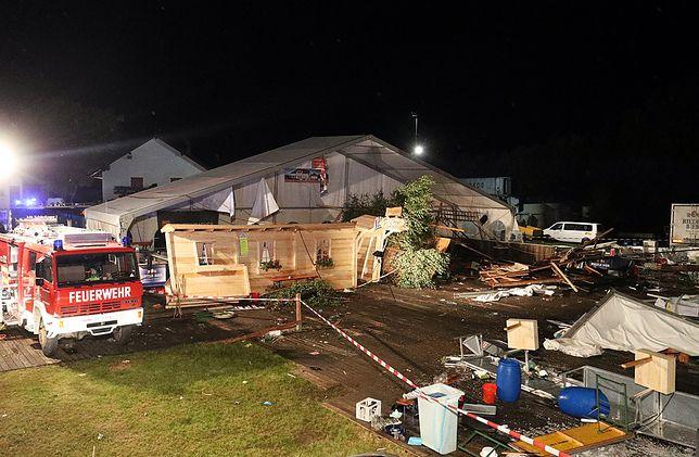 W namiocie odbywał się lokalny festyn