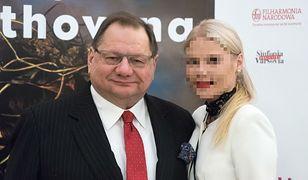 Postępowanie dyscyplinarne ws. żony Ryszarda Kalisza zawieszone. Czekają na wyrok sądu