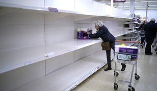 Brytyjczycy znów wykupują papier toaletowy