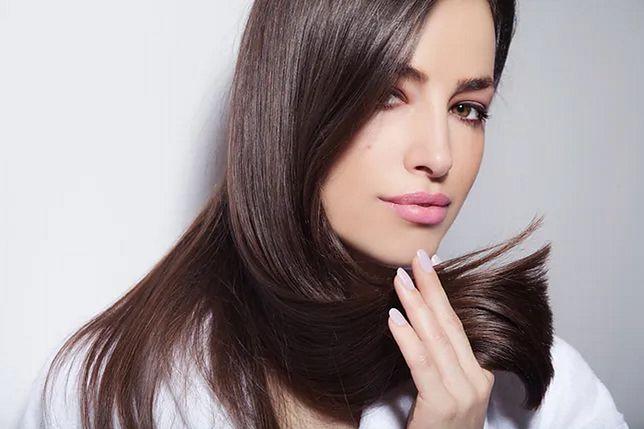 Zdrowe końcówki sprawiają, że fryzura wydaje się pełna, a włosy gęste
