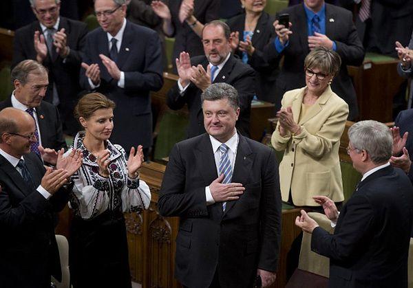 Entuzjastycznie przyjęty prezydent Ukrainy dziękuje za wsparcie