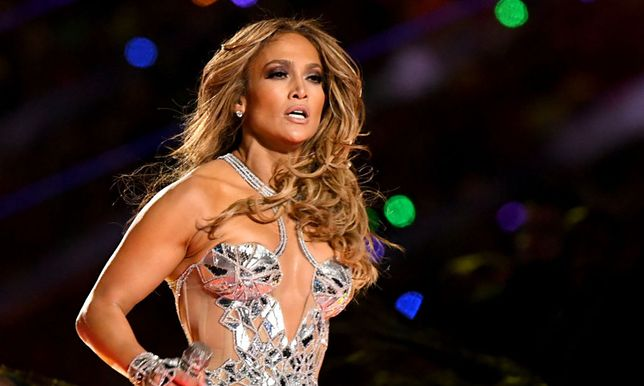Jennifer Lopez zachwyca wyglądem od lat.
