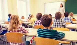 W prestiżowych szkołach i prywatnych przedszkolach trwa wyścig po popularność.