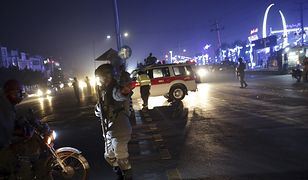 Zamachowiec zabił lub ranił ponad sto osób