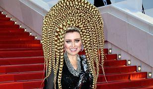 Jelena Lenina na czerwonym dywanie w Cannes. Wszyscy patrzyli na jej fryzurę
