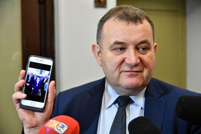 """Głosowanie ws. KRS anulowane. """"Elżbieta Witek manipuluje i oszukuje"""" - uważa Stanisław Gawłowski"""