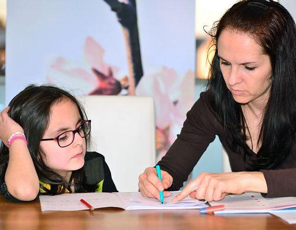 Praca domowa to dla wielu dzieci udręka