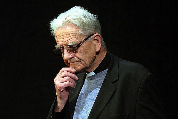 Podtrzymany zakaz dla księdza Bonieckiego