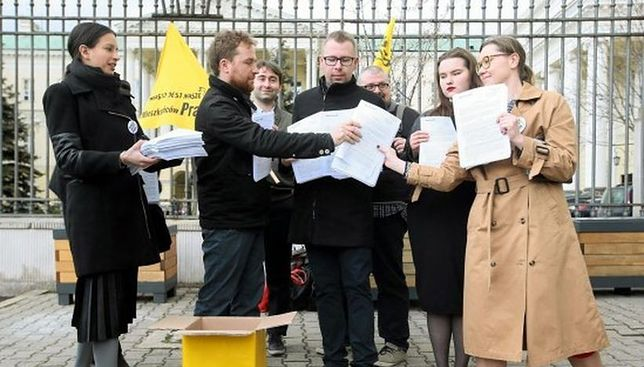 """Facebook Miasto Jest Nasze wrócił w ręce zarządu. """"Strona organizacji nie jest niczyją prywatną własnością"""""""
