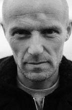 ''Łowcy głów'': Kontuzja czyni mistrza - sylwetka Jo Nesbo [wideo]
