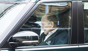 Książę Filip wrócił ze szpitala. Nie wygląda najlepiej