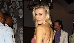 Modelka zaręczyła się z producentem filmowym, Douglasem Nunesem
