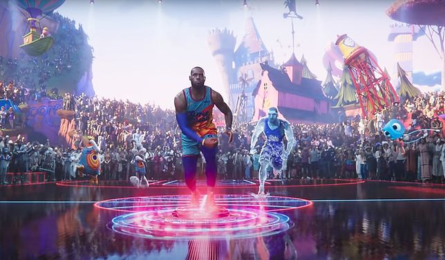 LeBron James wkracza do akcji...