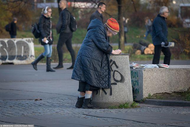 Bezdomni są w coraz trudniejszej sytuacji