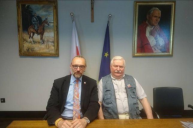 Matusz Kijowski szuka wsparcia u Wałęsy - dowodem na to zdjęcie na Facebooku