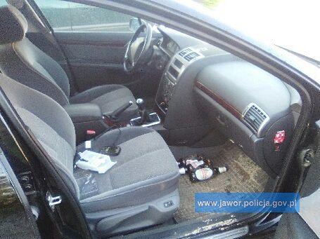 Pijany kierowca zabłądził. O drogę zapytał policjanta po służbie