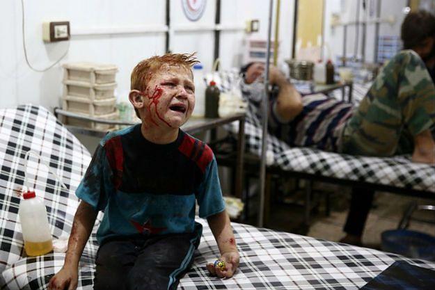 Medycyna podziemna w Syrii. Baszar al-Asad celowo niszczy szpitale, a lekarze przenoszą się do jaskiń i tuneli