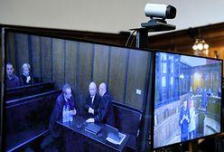 Jest decyzja ws. procesu między Jarosławem Kaczyńskim i Lechem Wałęsą. Rozprawa odroczona