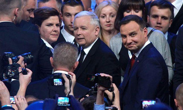 """Andrzej Duda, Jarosław Kaczyński i Beata Szydło - trzy najważniejsze twarze """"dobrej zmiany"""""""