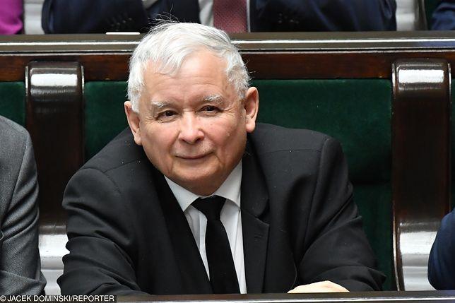 """Według """"Die Welt"""" Jarosław Kaczyński ma """"dwutorową strategię"""""""