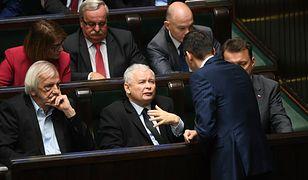 W listopadzie 2017 r. PE przyjął rezolucję ws. Polski, w której wzywał do uruchomienia art. 7