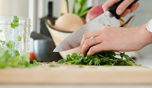Dobry nóż jest podstawą dobrego posiłku. I niepoharatanych rąk