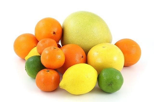 Owoce cytrusowe oraz soki