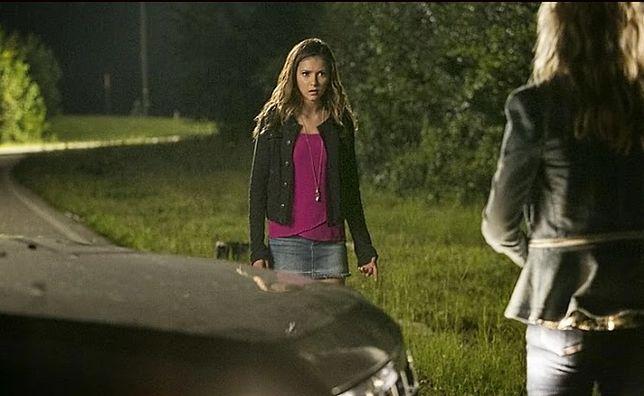 Pamiętniki wampirów sezon 6, odcinek 6: Tym bliżej, im bardziej mnie odpychasz (The More You Ignore Me, the Closer I Get)