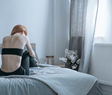 Moda na anoreksję. Ruch pro-ana rośnie w siłę, a my nie umiemy go zatrzymać