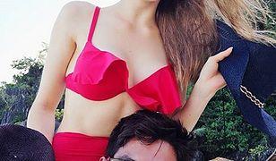 Szczęśliwa Karolina Pisarek na wakacjach z nowym chłopakiem. Internauci zaatakowali modelkę