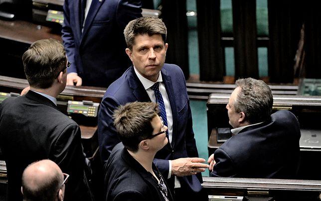 Kto kandydatem Nowoczesnej na prezydenta Warszawy? Petru sugeruje, że będzie to Rabiej