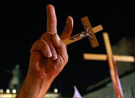 Spór o krzyż kosztował miasto milion złotych