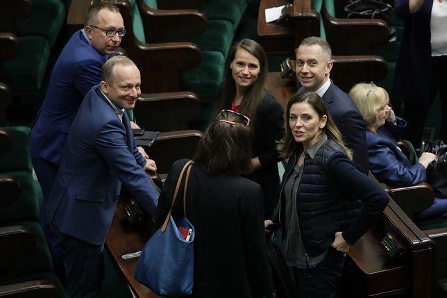 Sejm wznowił obrady w starym składzie. Niecodzienna sytuacja