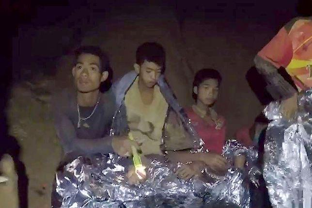 Polscy nurkowie zaproponowali pomoc w uwolnieniu tajskich chłopców i ich trenera